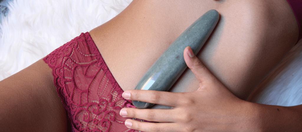 choosing the right crystal dildo