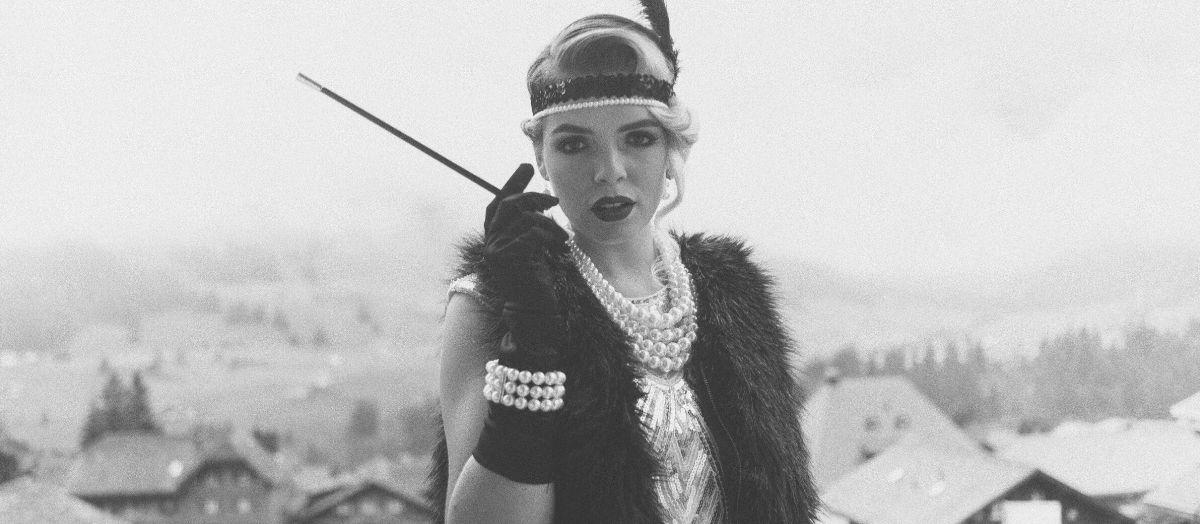 Roaring 1920s Lady