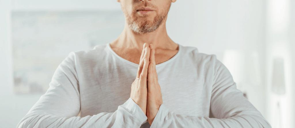 pussy worship meditating man