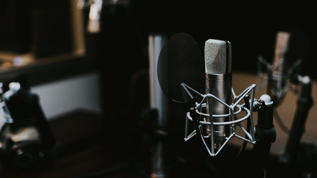 Voice Actor Job Microphone